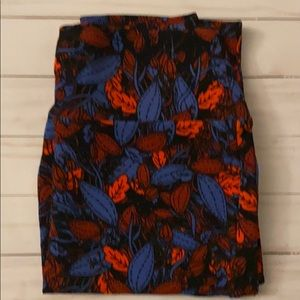 New small Lularoe Cassie Pencil Skirt